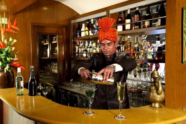 Taj Mahal, Agra, Jodipur, Udaipur, luxury travel, travel writer, blogger, Travel, Maharajas Express, India, Luxury Train Travel, Helen Siwak, Vancouver, Vancity, YVR, BC