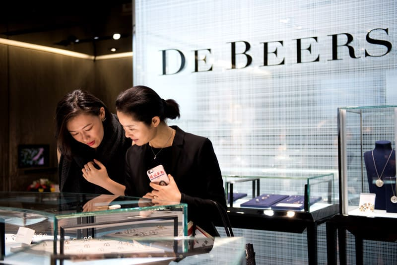 EcoLux☆Lifestyle: De Beers Dewdrops a Rose Gold Collection for Valentine's