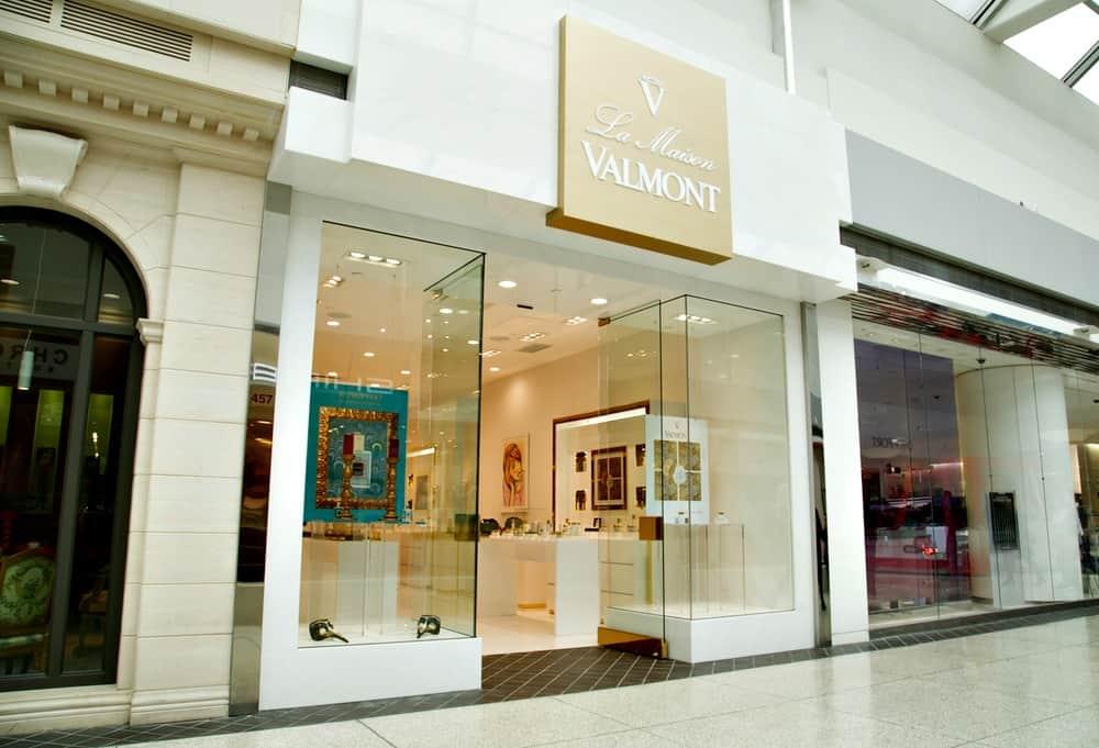 EcoLux☆Lifestyle: La Maison Valmont Arrives in Oakridge