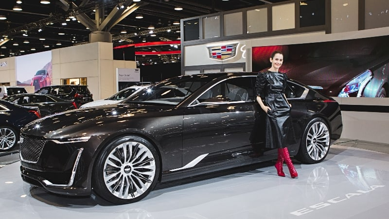 EcoLux☆Lifestyle: Celebrity Stylist Karla Welch Cruises in With the Cadillac Escala Concept