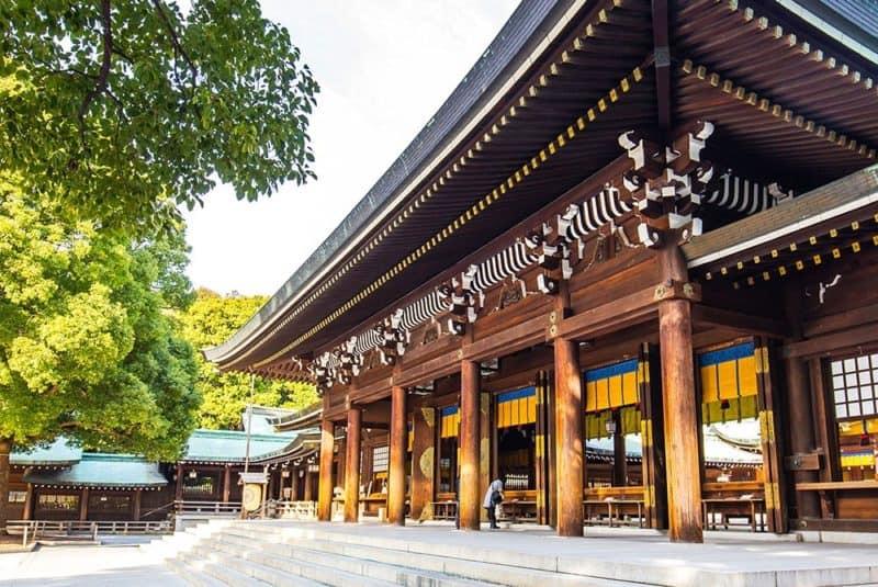 EcoLux☆Lifestyle: Nick Steward Visits Secret Location to Add Tokyo to Gallivant
