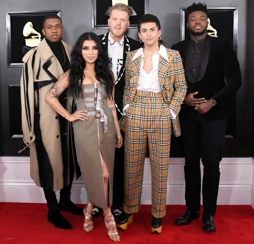 EcoLux☆Lifestyle: Fashion Friday: The Weird and Wonderful Grammy's