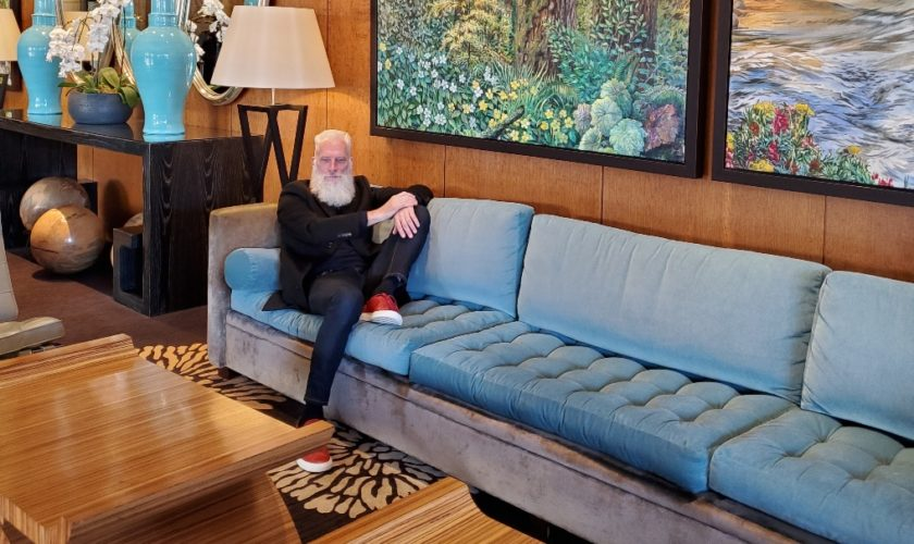 EcoLux☆Lifestyle: Fashion Santa Slays While in YVR for Indochino Shoot