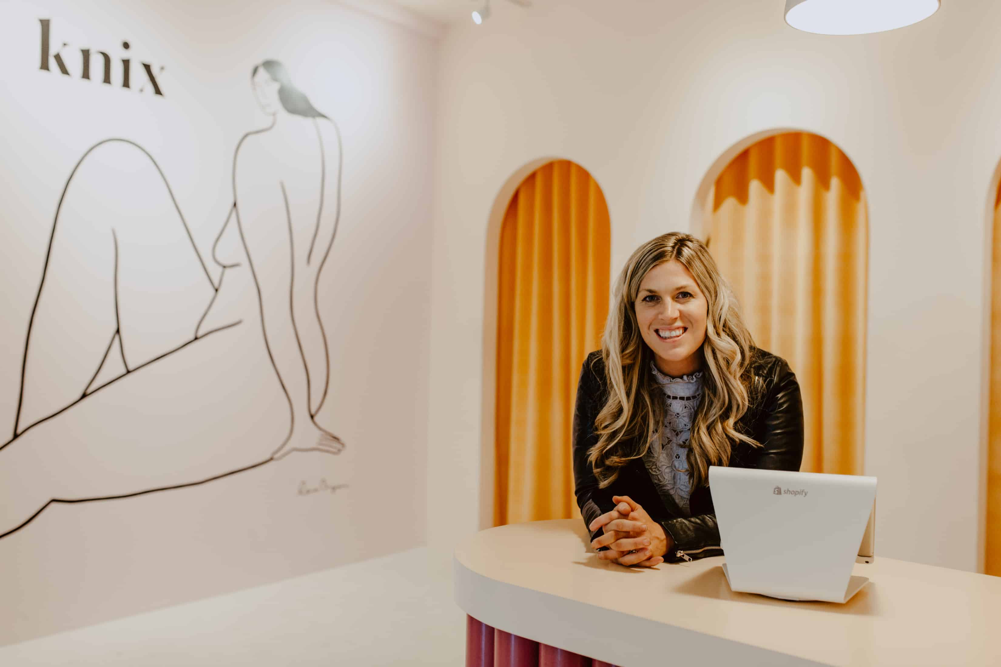 EcoLux☆Lifestyle: Knix Intimates Now Offers Offline Shopping in Kitsilano