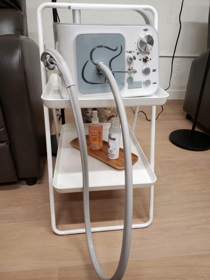 Miss CEO, ecoluxlifestyle, pedicure machine, waterless salon