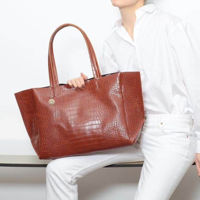 vegan, handbags, vancouver, vancity, yvr, mona butler, helen siwak, ecoluxluv, ecoluxlifestyle, canadian