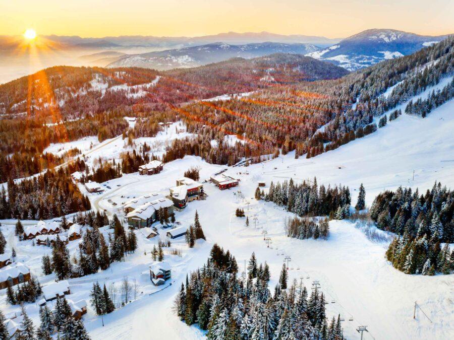 The Josie Hotel, Rossland, Ski Vacation, Helen Siwak, Vancouver, BC, Vancity, YVR