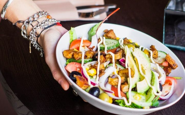 EcoLux☆Living: 5 Big Bowls: Vancouver's Salad Crafters Are Ready for Summer