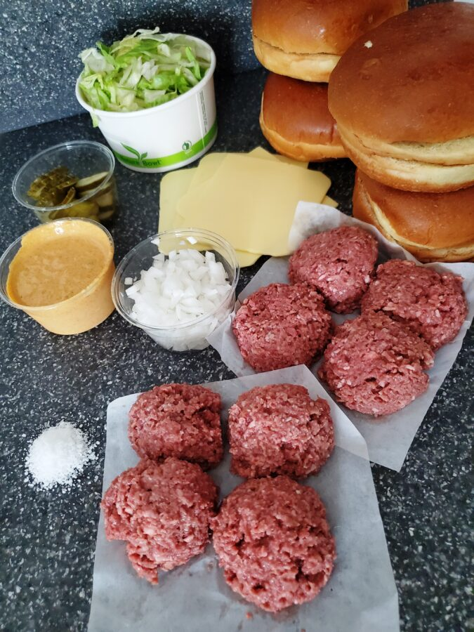Burgerland, Plenty Hard, Casus Grill, Summer picnic, patio time, helen siwak, vancouver, vancity, yvr, ecofriendly, plantbased, vegan