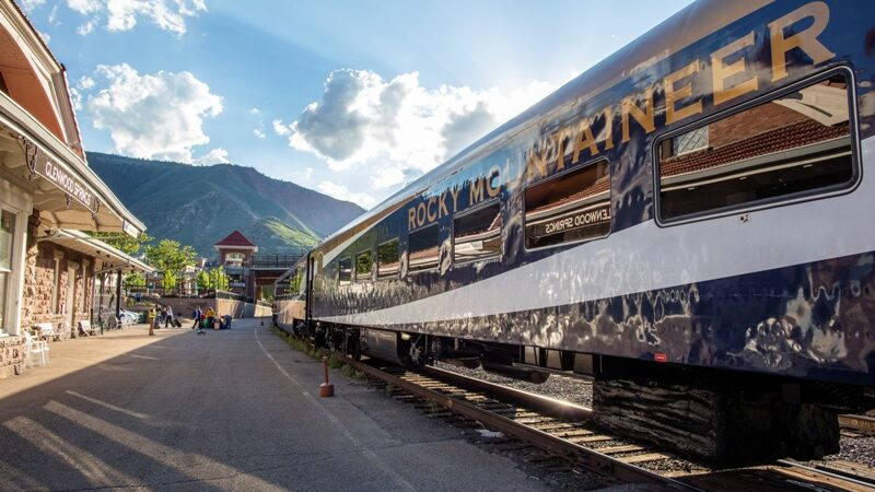 Rocky Mountaineer Rolls Through the Red Rocks of the Southwest USA